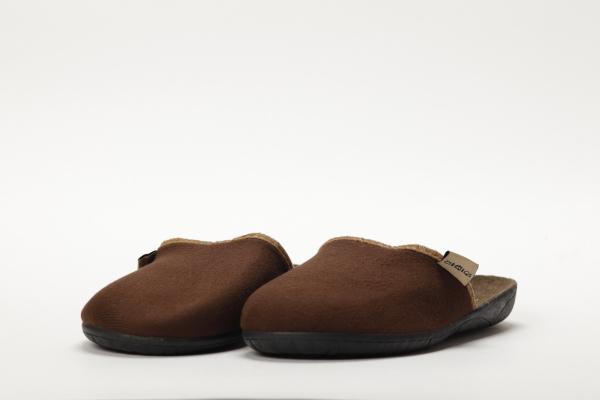 papuci culoare maro pentru barbati moldova 2