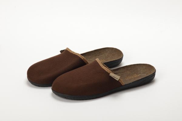 papuci culoare maro pentru barbati moldova 0