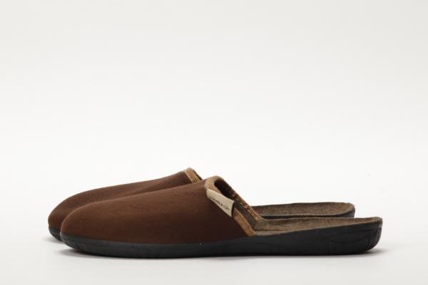 papuci culoare maro pentru barbati moldova 1