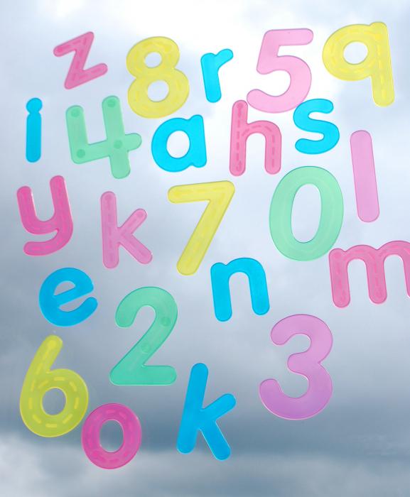 Numere amuzante verzi cu buline de trasat 1