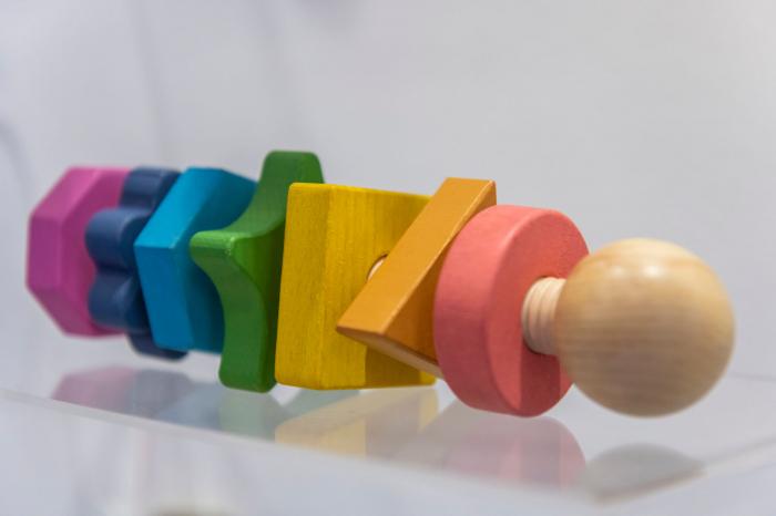 Piulițe mari din lemn de diferite forme și culori 1
