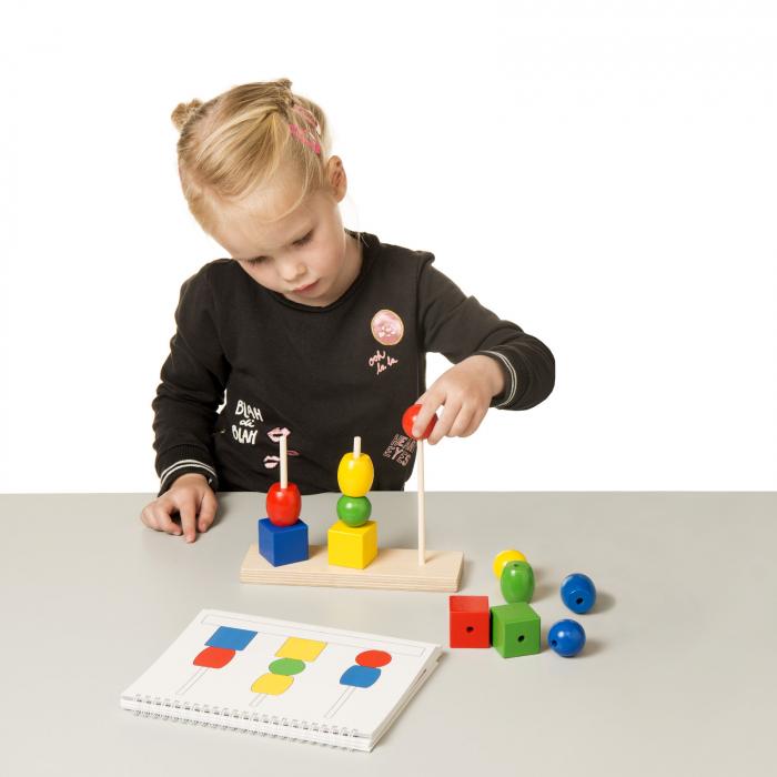 Joc de dezvoltare cognitivă, Construiește turnul 2
