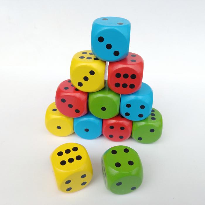 Set de 12 zaruri gigant în 4 culori [1]
