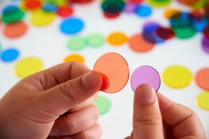 Joc sortare buline transparente, Edx Education, set de 500 bucăți, multicolor 3