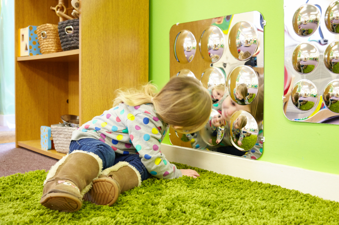 Oglindă acrilică mare cu 9 cupole [3]