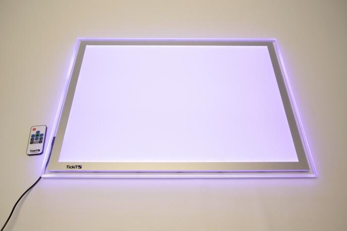 Panou luminos A2 cu schimbare de culoare 1