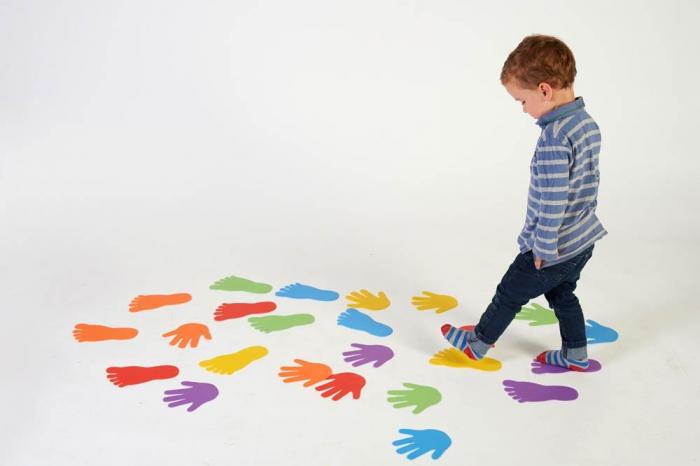 Urme de maini - joc de motricitate 2