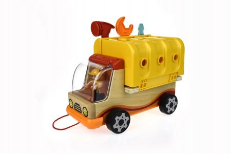 Camion cu unelte2
