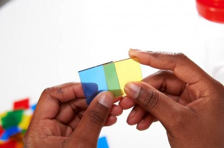 Joc sortare pătrate transparente, Edx Education, set de 300 bucăți2