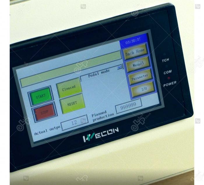 Masina de etichetat suprafete plane, semi-automata, LP-LMT-100 [2]