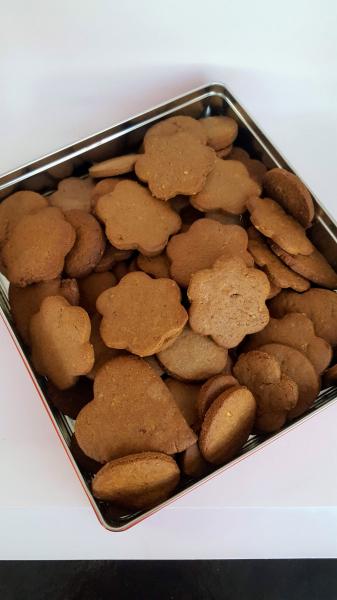 Biscuiti fara zahar cu unt, cacao si nuca - 150g 1