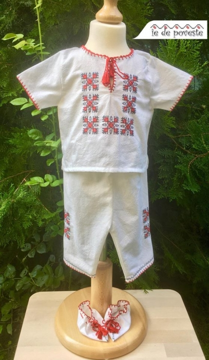 Costum traditional Vladimir 1