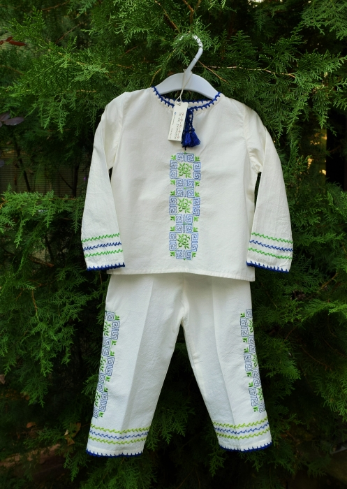 Costum traditional Mihnea 0