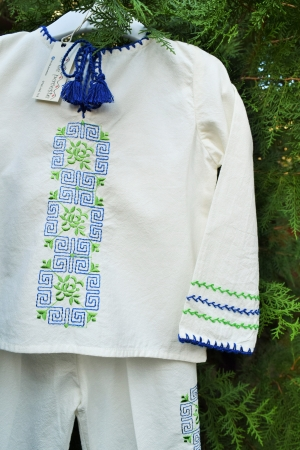 Costum traditional Mihnea1
