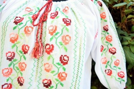 Ie Trandafira8