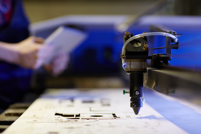 Povestea din spatele atelierului LaserSolutions.ro