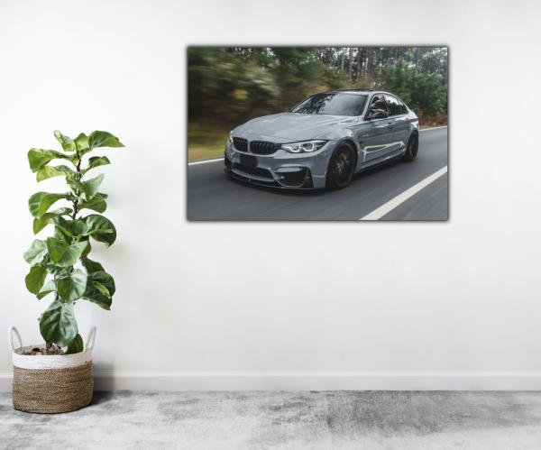 Tablou modern pe panou - silver metallic sport car 2