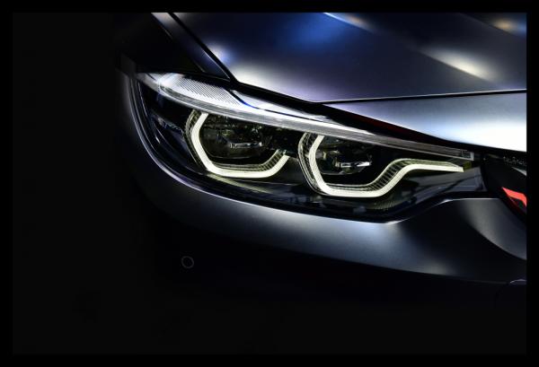 Tablou modern pe panou - led headlights modern car 0