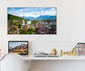 Tablou modern pe panou - Switzerland city2