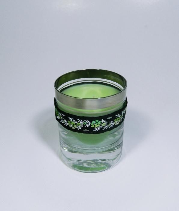 Lumanare decorativa parfumata in borcan, 8cm, verde 2