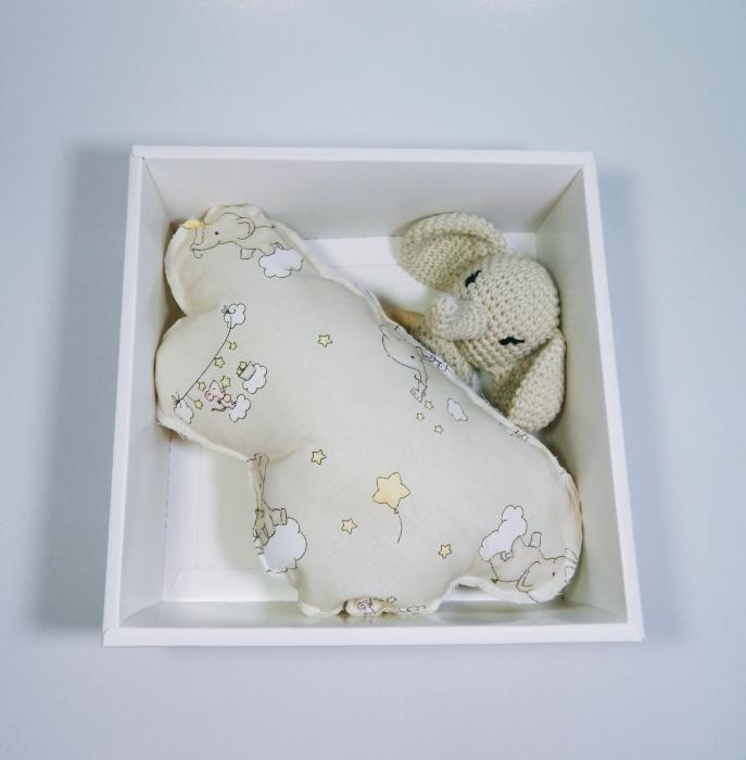 Set cadou jucarii bebelusi, 2 piese crosetate, Crem 0