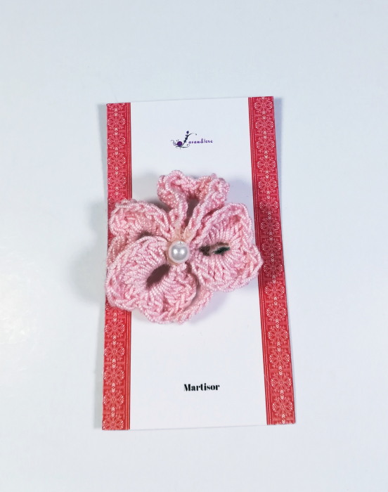 Martisor Brosa Crosetat Manual Trifoi, Roz, 4 cm 0