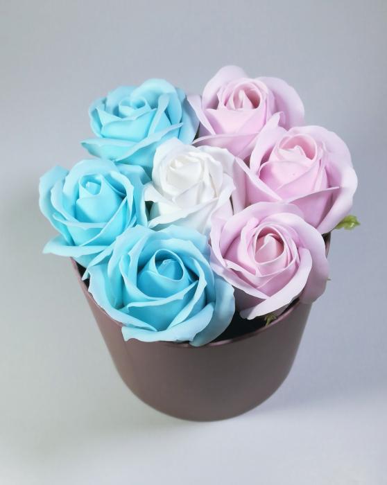 Aranjament Flori Sapun Parfumate in cutie Multicolor 1