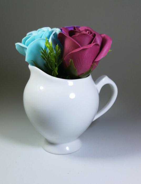 Aranjament Flori Sapun Parfumate in vas 2