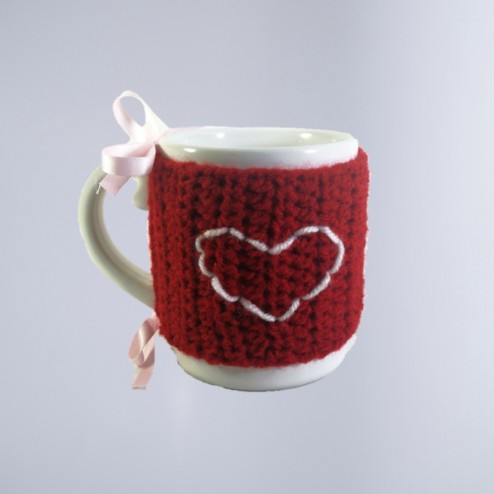 Cana cu hainuta crosetata Valentine's Day, multicolor 0