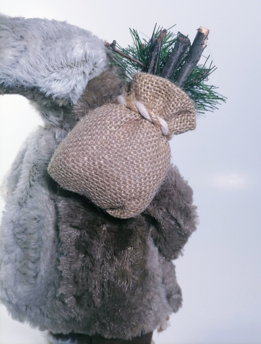 Mos Craciun, cu pulover gri, sac de cadouri si felinar, 30 cm, Gri 3
