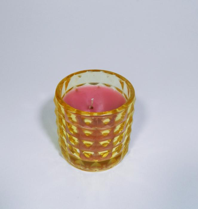 Lumanare decorativa parfumata in borcan galben, 7cm 2