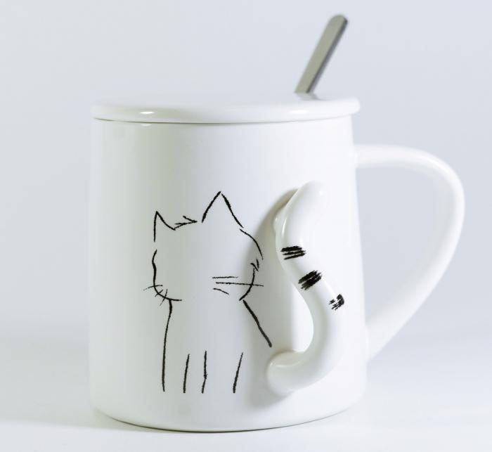 Cana cu lingurita si capac, model Pisica, 300ml 0