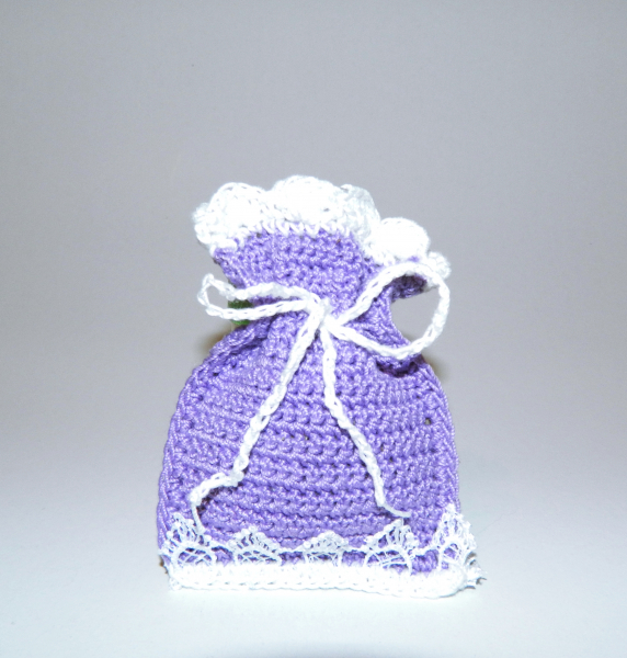 Saculet crosetat manual cu dantela, umplut cu flori de lavanda, mov, 6 x 9 cm 1