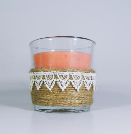 Lumanare decorativa parfumata in borcan, 8cm, piersica1