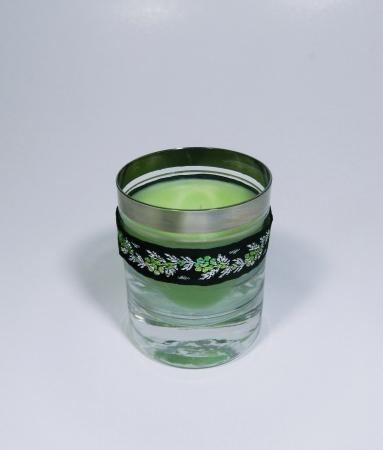 Lumanare decorativa parfumata in borcan, 8cm, verde2