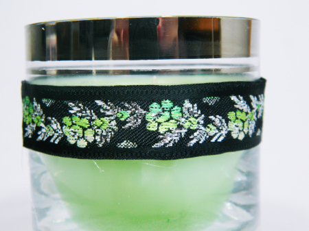 Lumanare decorativa parfumata in borcan, 8cm, verde1