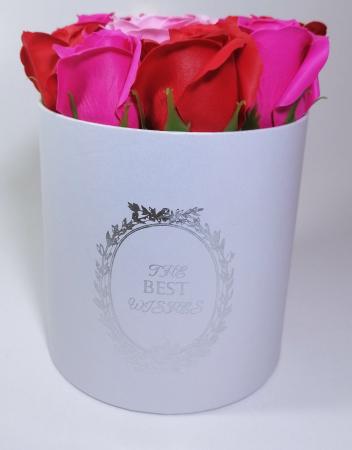 Aranjament cu 9 trandafiri de sapun Roz/Rosu1