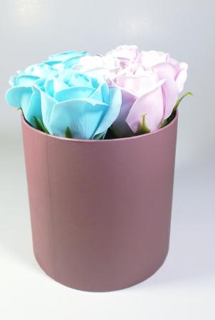 Aranjament Flori Sapun Parfumate in cutie Multicolor2