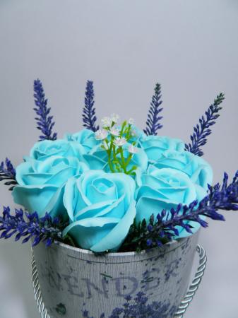 Aranjament Flori Sapun Parfumate in cutie3