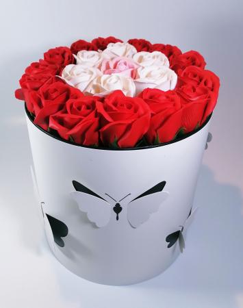 Aranjament Flori Sapun Parfumate in cutie0