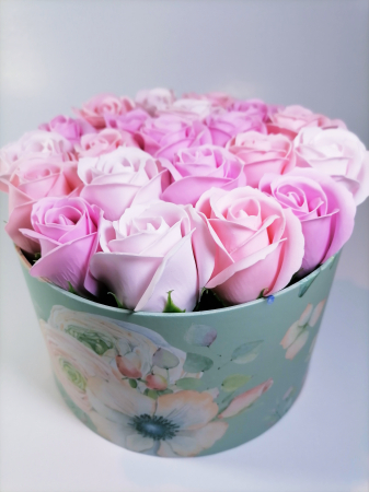 Aranjament Flori Sapun Parfumate in cutie1