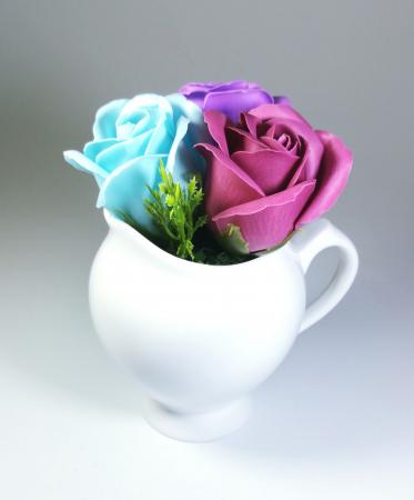 Aranjament Flori Sapun Parfumate in vas3