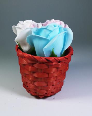 Aranjament Flori Sapun Parfumate in cosulet0