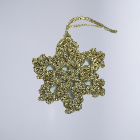 Decoratiune Craciun, Fulg de zapada, Handmade, Crosetat, Auriu, 8 x 8 cm0