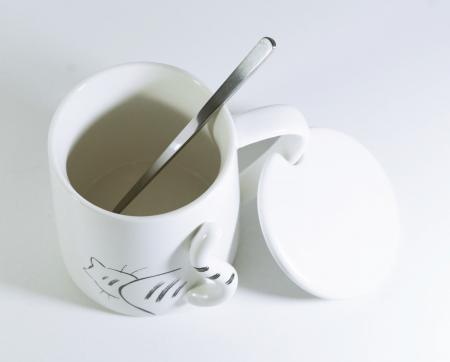 Cana cu lingurita si capac, model Pisica, 300ml [1]