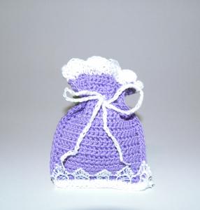 Saculet crosetat manual cu dantela, umplut cu flori de lavanda, mov, 6 x 9 cm1