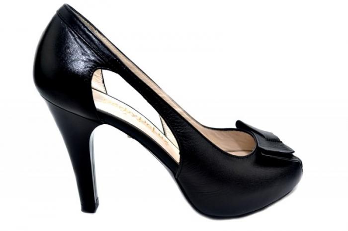 Pantofi Piele Belle 0