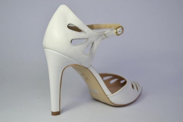 Pantofi Dama Piele Naturala Albi Guban Lenda D00648 5