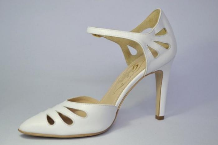 Pantofi Dama Piele Naturala Albi Guban Lenda D00648 2