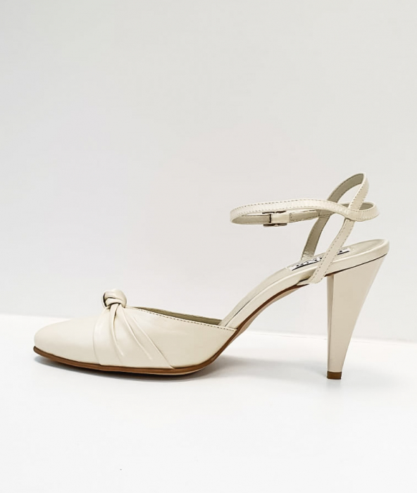 Pantofi Dama Piele Naturala Bej Rupia D02687 1
